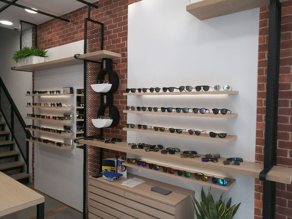 PANAIDIS EYEWEAR BOUTIQUE ΕΡΜΟΥ